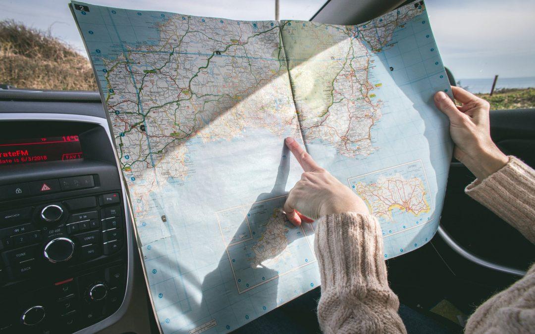 De auto gebruiken om te reizen
